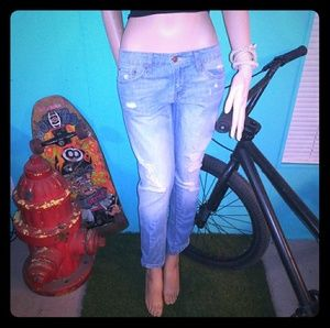 classic levi's boyfriend 513 jeans
